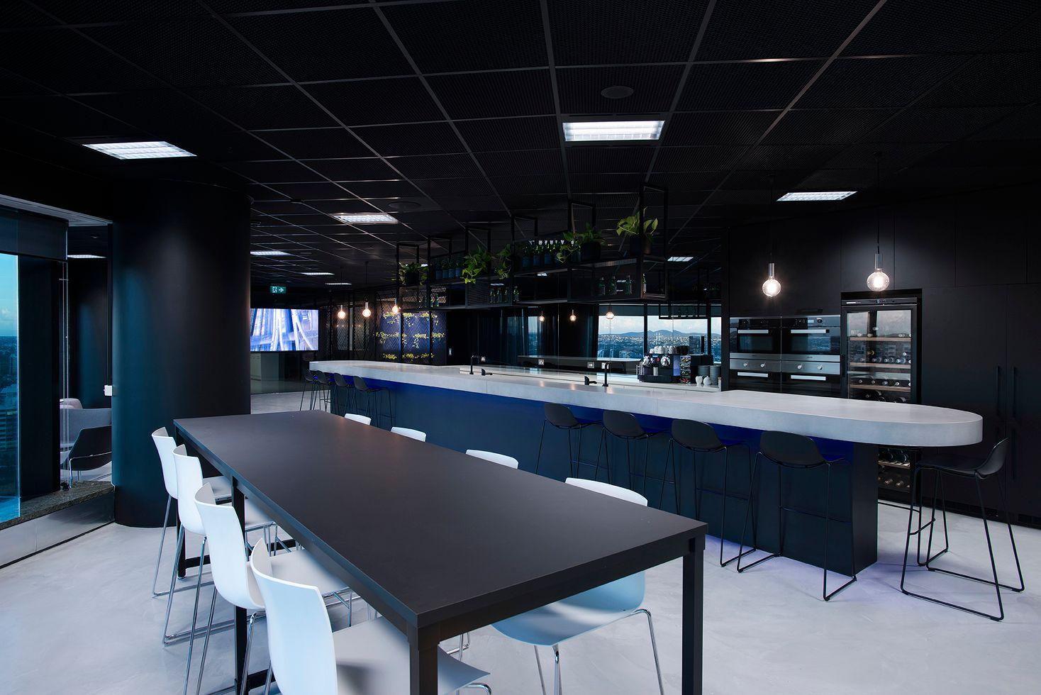 потолок с черной сеткой Армстронг board
